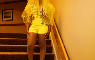 Yemi Alade Dressed As Yellow Bride For Chicago Concert