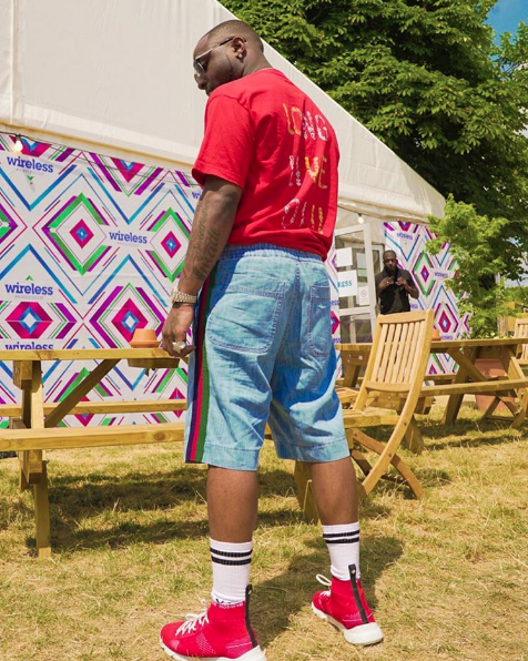 Davido pays tribute to DJ Olu at Wireless Festival 2018