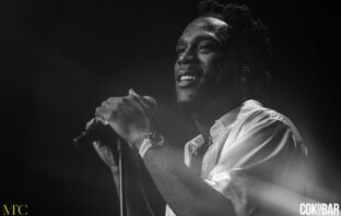 Check Out Burna Boy's Grand Entry into the O2 Arena for his Concert